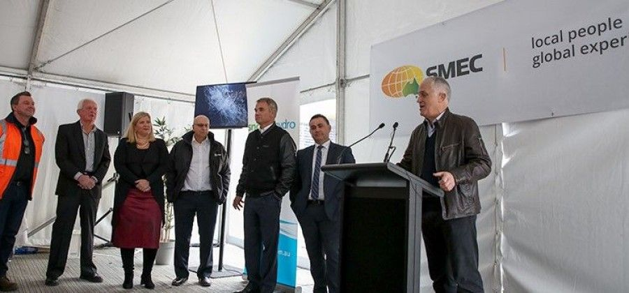 Prime Minister Malcolm Turnbull visits SMEC's Cooma office